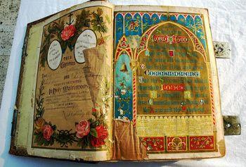 ذكر بعض البشارات بمحمد رسول الله صلى الله عليه وسلم في كتب أهل الكتاب
