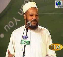 قصة إسلام الدكتور بلال فيلبس وإسهاماته