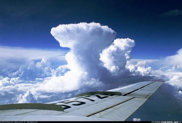 وينزل من السماء من جبال 2Cap2t64FZbZ